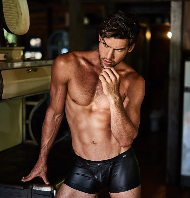 Gregg Homme homme page Crave